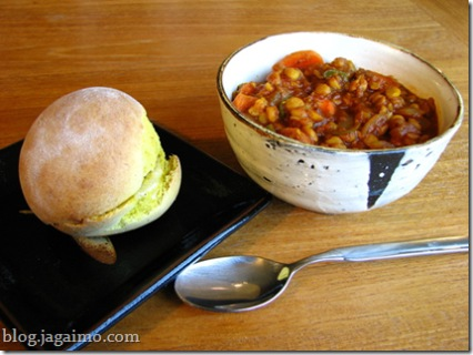 Besan bread with chickpea soup