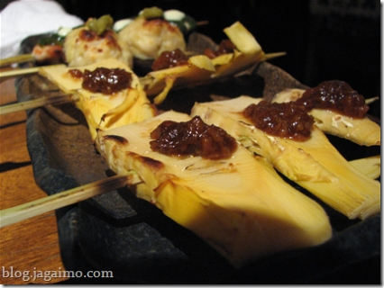 Kushi-yaki: takenoko and tsukune shiitake